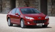 Mimo, że Peugeot 407 został już zastąpiony przez model 508, jego stylistyka nie wydaje się przestarzała.
